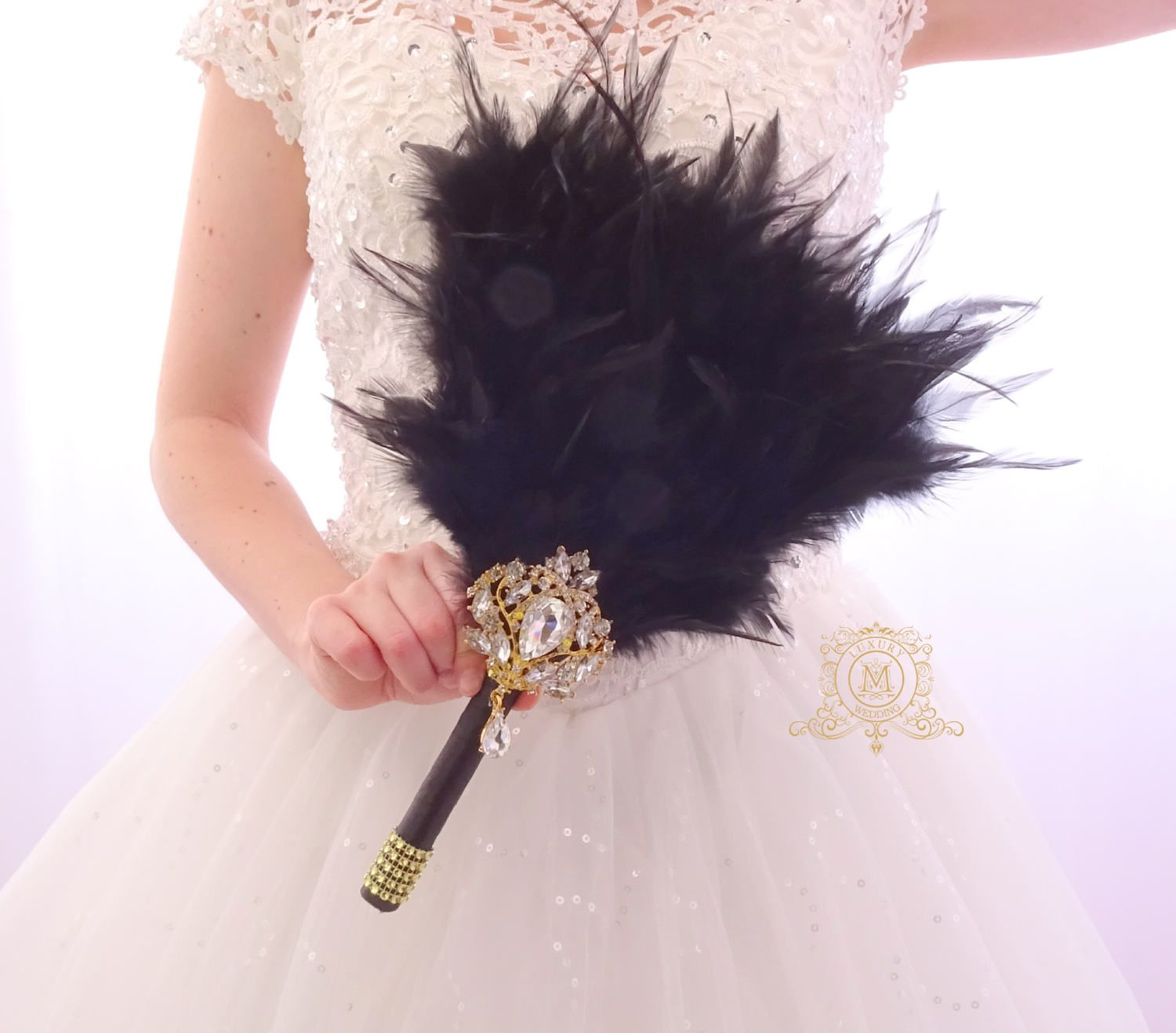 Diy Feather Bouquets Weddings: Bridesmaids Feather Gold Fan Black And Gold Great Gatsby