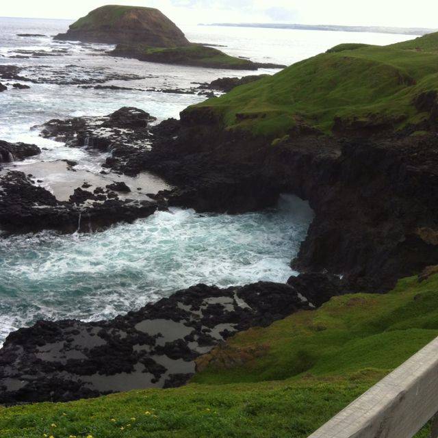Phillip Island Australia: Blow Hole At Nobbies Phillip Island, Australia