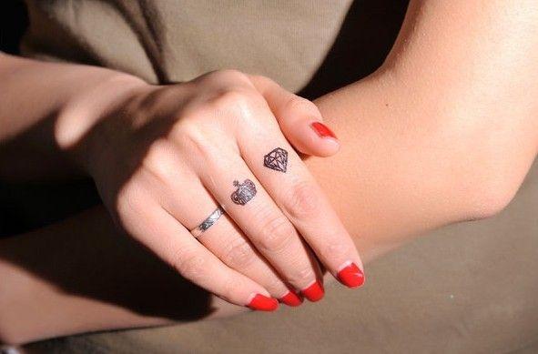 Libre Envío Temporal Cuerpo Arte Del Tatuaje Y La Corona De Diamante