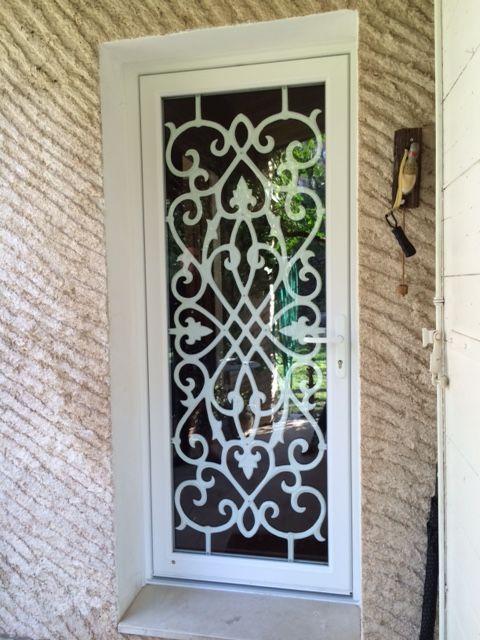 nous avons ici remplac la porte existante en bois pleine. Black Bedroom Furniture Sets. Home Design Ideas