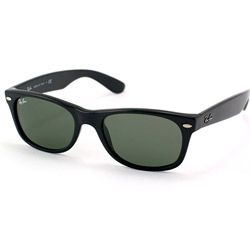 These Ray-Ban Wayfarer sunglasses feature a black plastic frame with a logo on the temples and crystal green G-15 lenses. These sunglasses include a Ray-Ban box, leather case, cloth and authenticity paperwork.