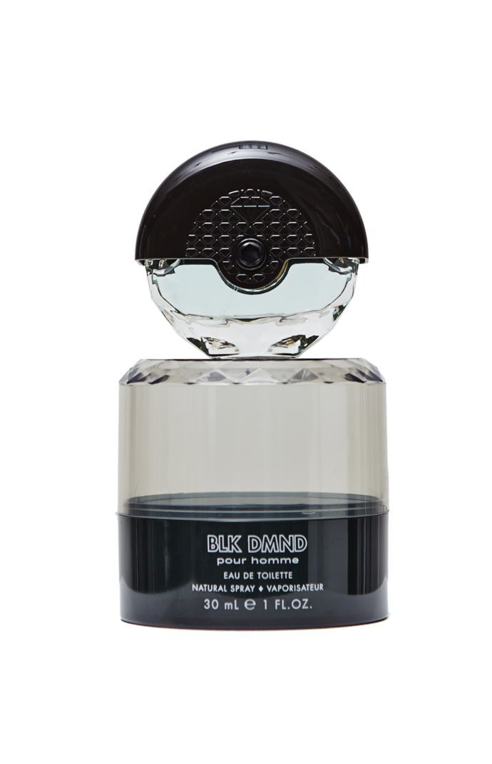 PacSun presents the Diamond Supply Co. BLK DMND Pour Homme Fragrance for men. Known for their stylish clothes, Diamond Supply Co. know provides you a fresh fragrance supplied in a diamond esque bottle.	Natural spray	Eau de toilette	30 mL, 1 fluid ounce	Made in USA