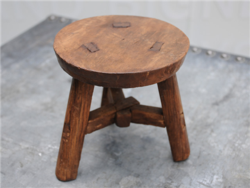 Antique Furniture Edwardian (1901-1910) Antique Elm Milking Stool Fine Craftsmanship