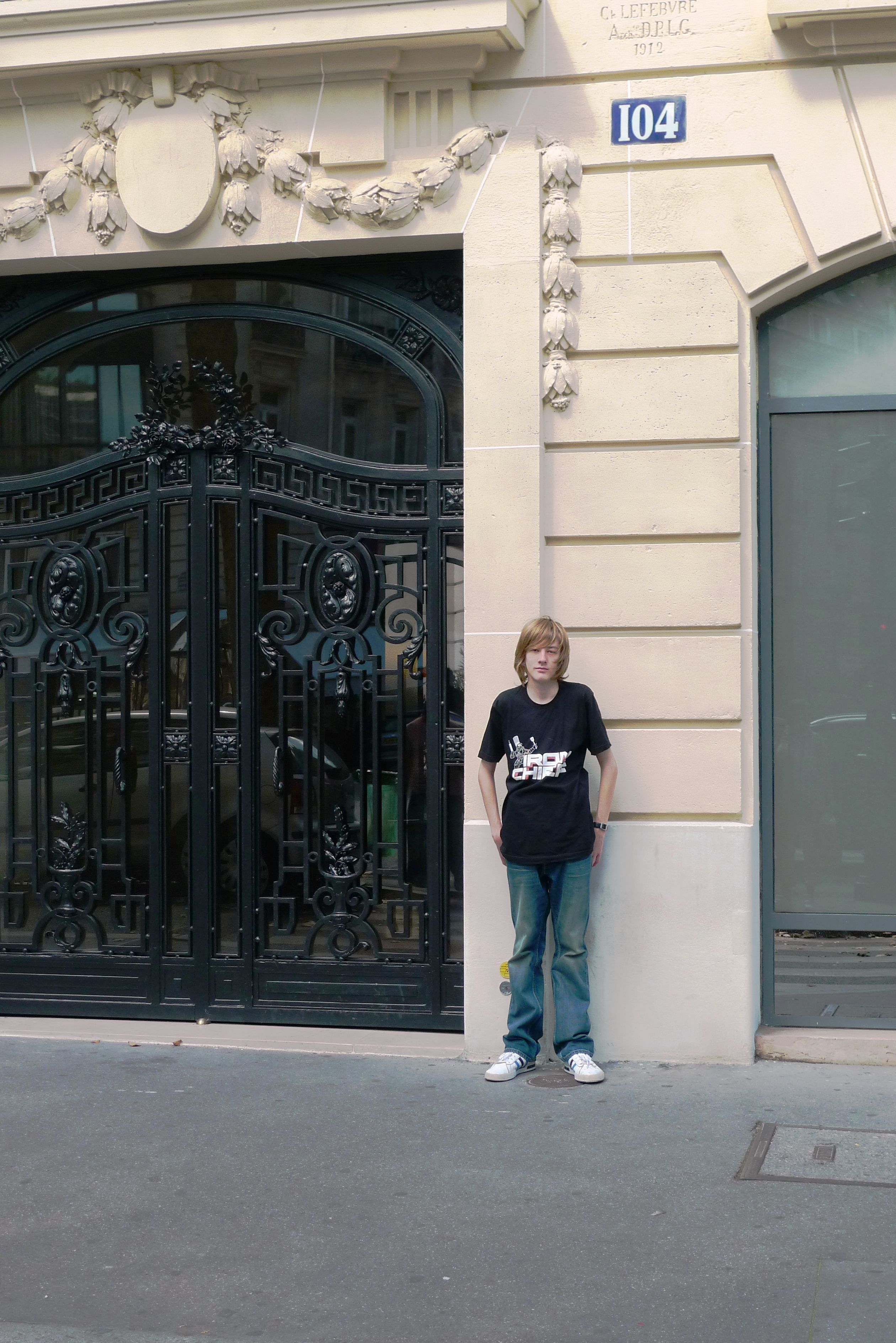 Jason Bourne S Apartment Door 104 Avenue Kléber Paris Ideny