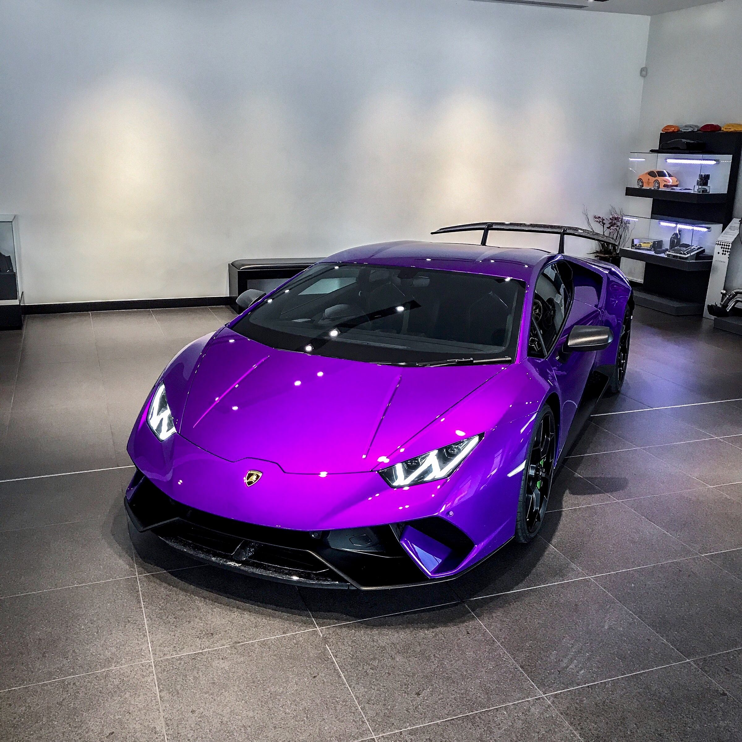 Viola Parsifae Lamborghini Hurucan Peformante Super Cars Lamborghini Sportscar