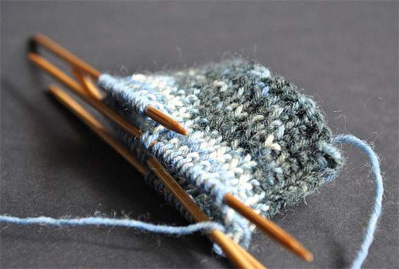 Knit Your First Sock I So Want To Lear - Diy Crafts