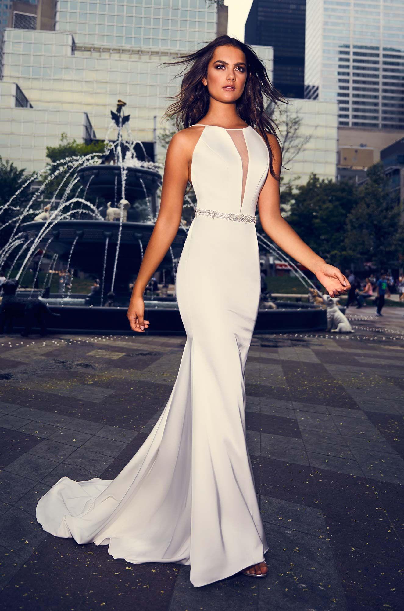46++ Plunging lace halter wedding dress ideas