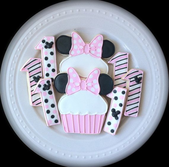 Decorated Minnie Mouse Cupcake Cookies and by peapodscookies, $42.00