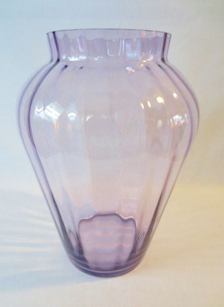 """Fenton Pilgrim Art Glass 11"""" Large Paneled Optic Vase-LILAC"""
