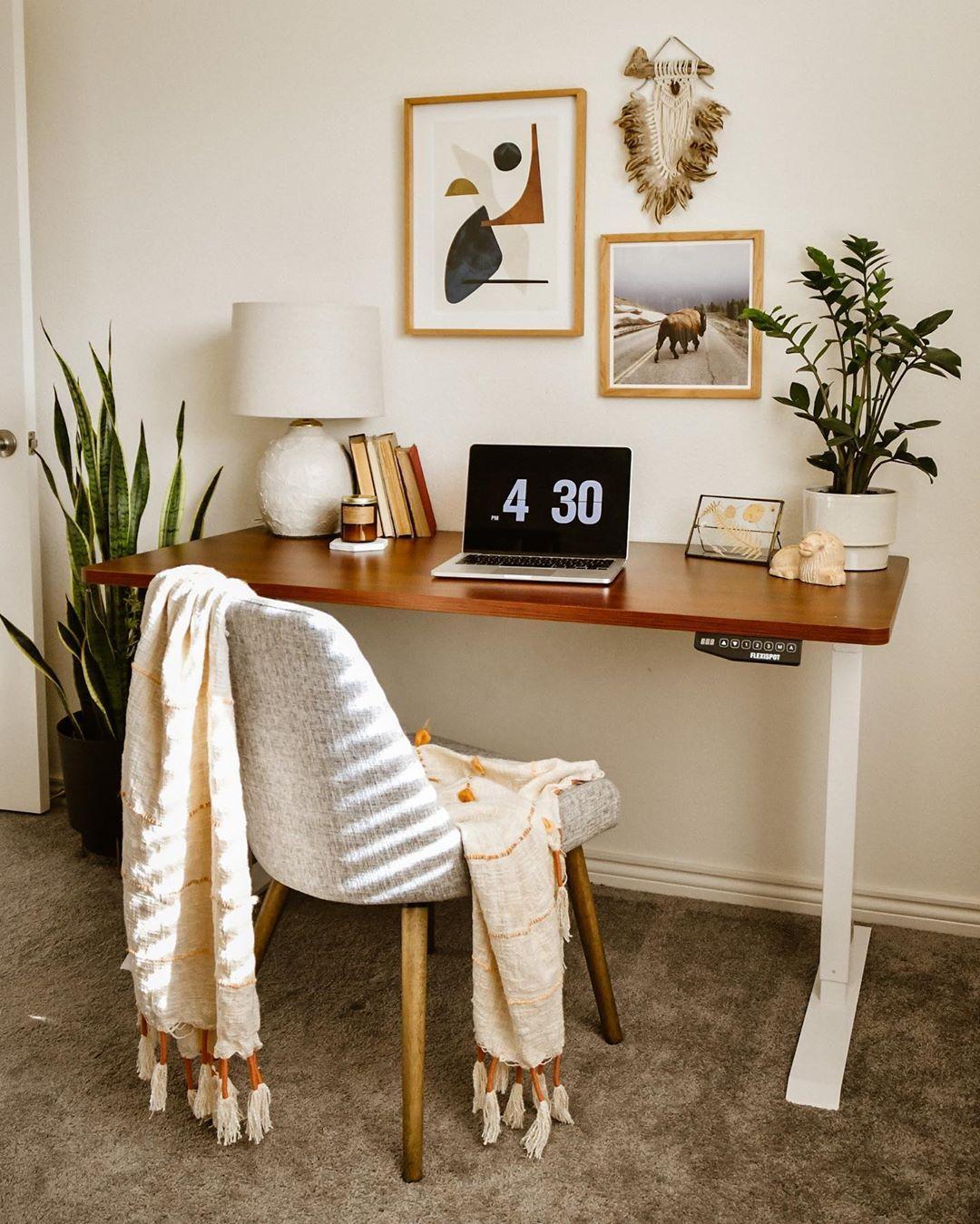Cozy Homeoffice Decor: Home Decor , Room Decor , Home Desk