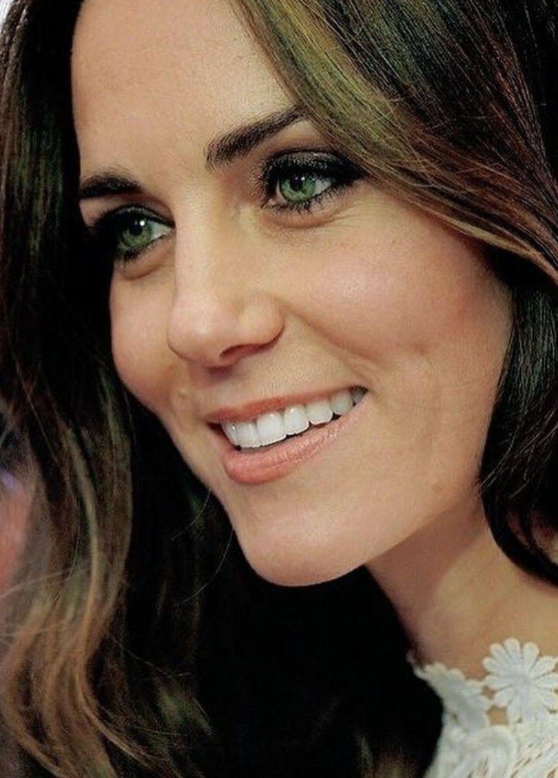 Those Beautiful Green Eyes Catherine Duchess Of Cambridge Duchess Catherine Princess Kate Middleton Kate Middleton Prince William