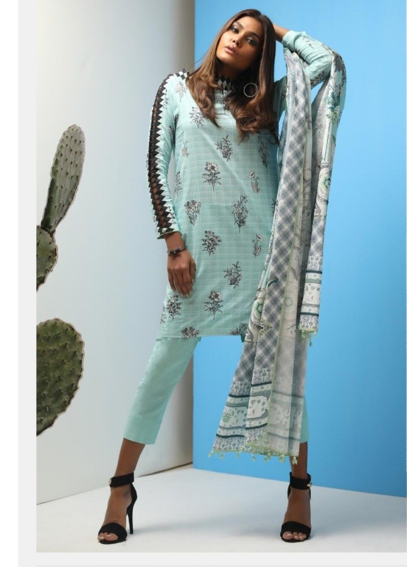 bd108df6d7 Pin by Suman Zulfiqar on Trend in 2019 | Tops, Kimono top, Fashion