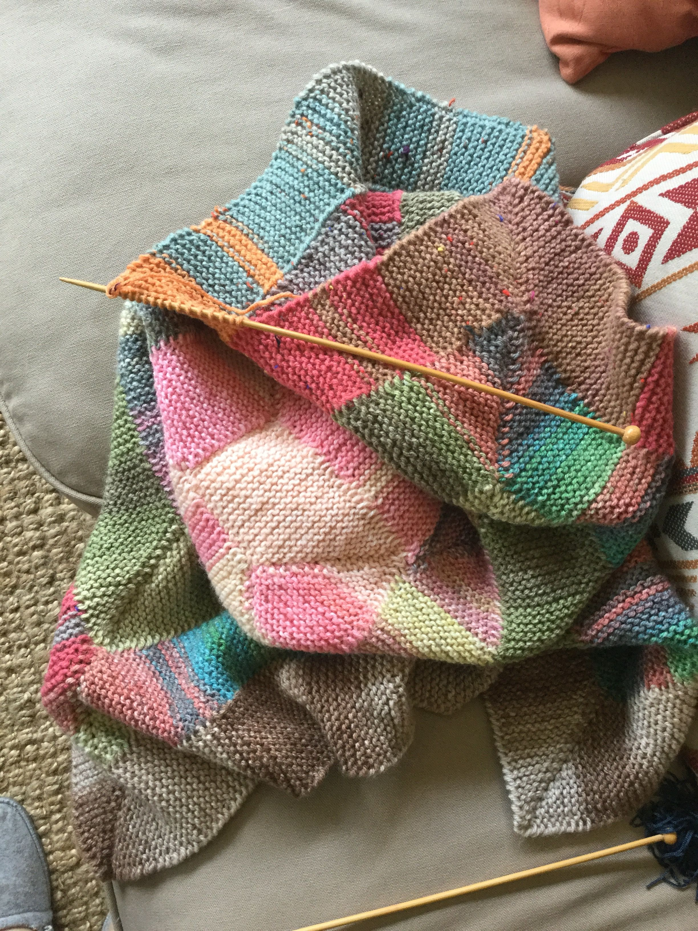 15 stitch knitting project with variegated yarns ...