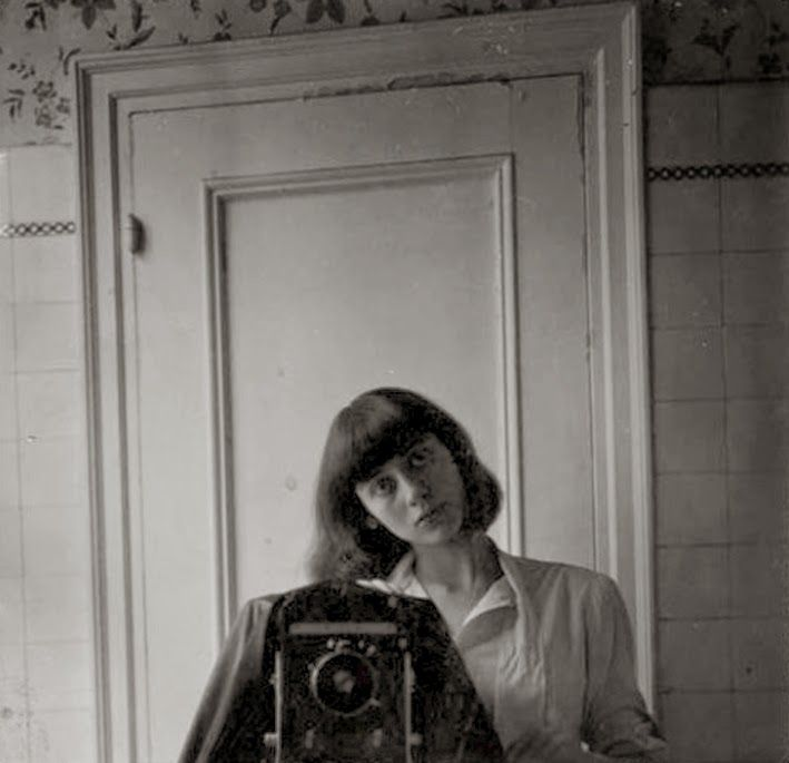 Resultado de imagen para diane arbus self portrait