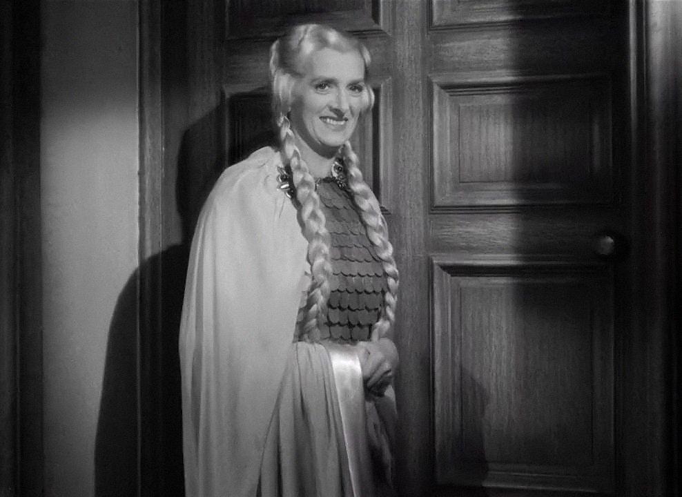 Rebecca (1940) , Alfred Hitchcock, Gladys Cooper.