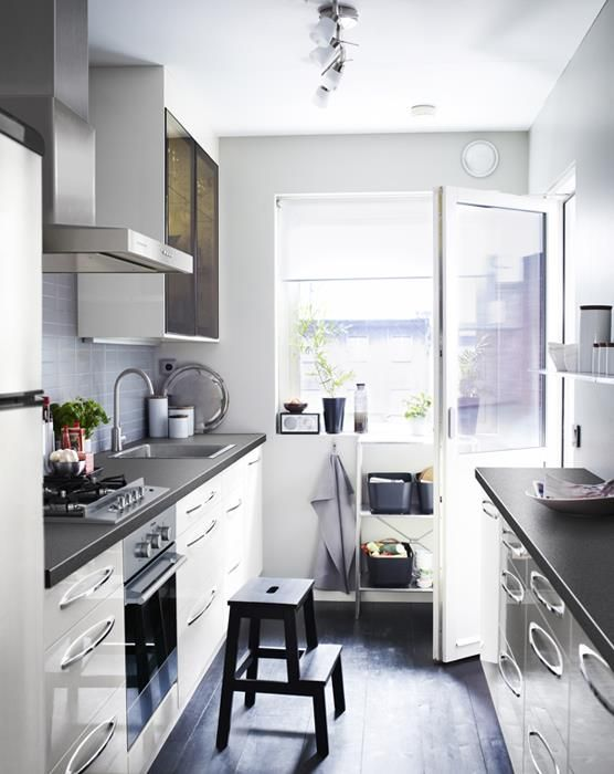 Soluciones para cocinas estrechas ikea casa pinterest cocinas peque as cocinas y - Cocinas estrechas y pequenas ...