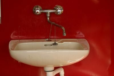 How To Repair The Surface Of An Enamel Sink Repairs Porcelain