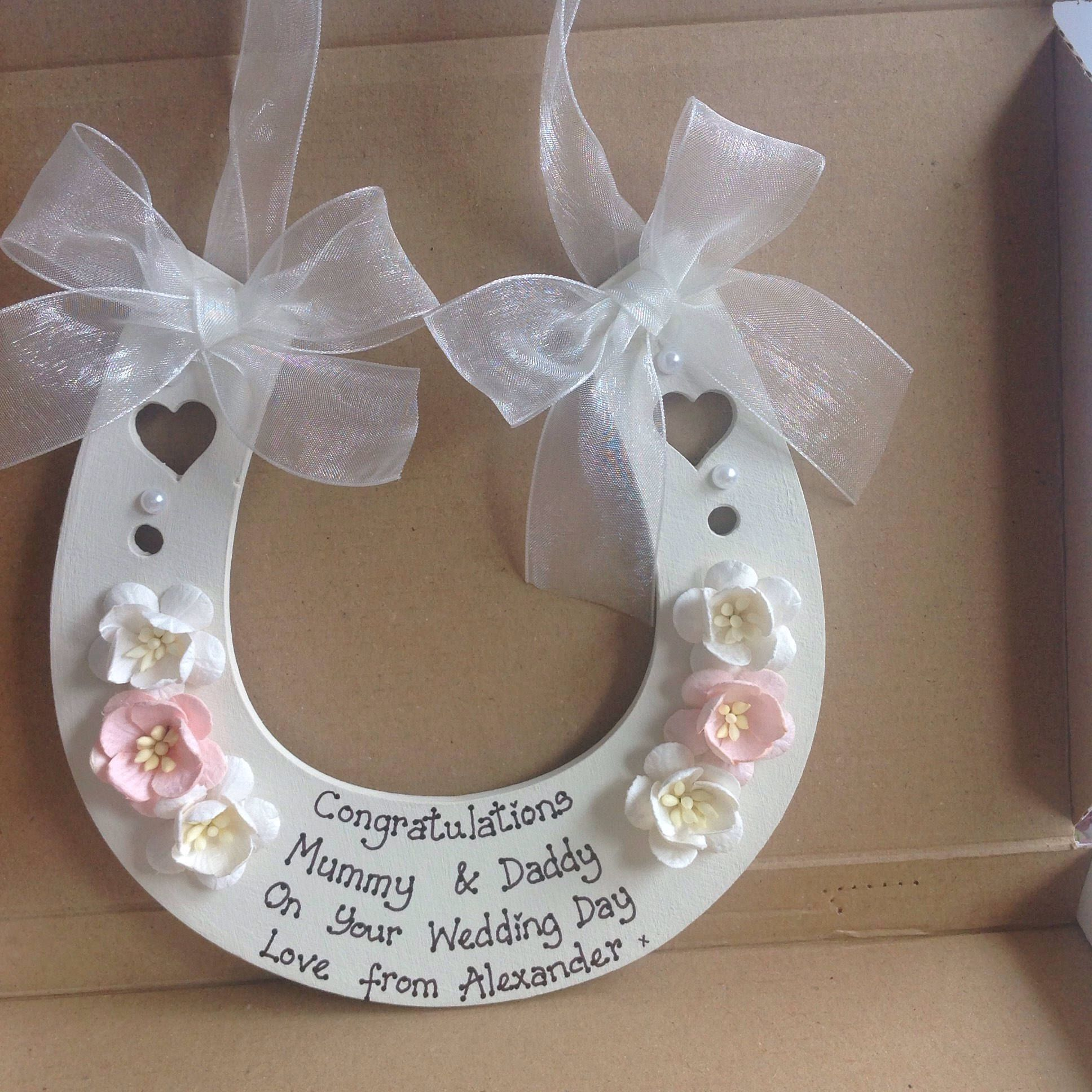 Keepsake Wedding Gifts: Personalised Wedding Horseshoe Wedding Gift Keepsake