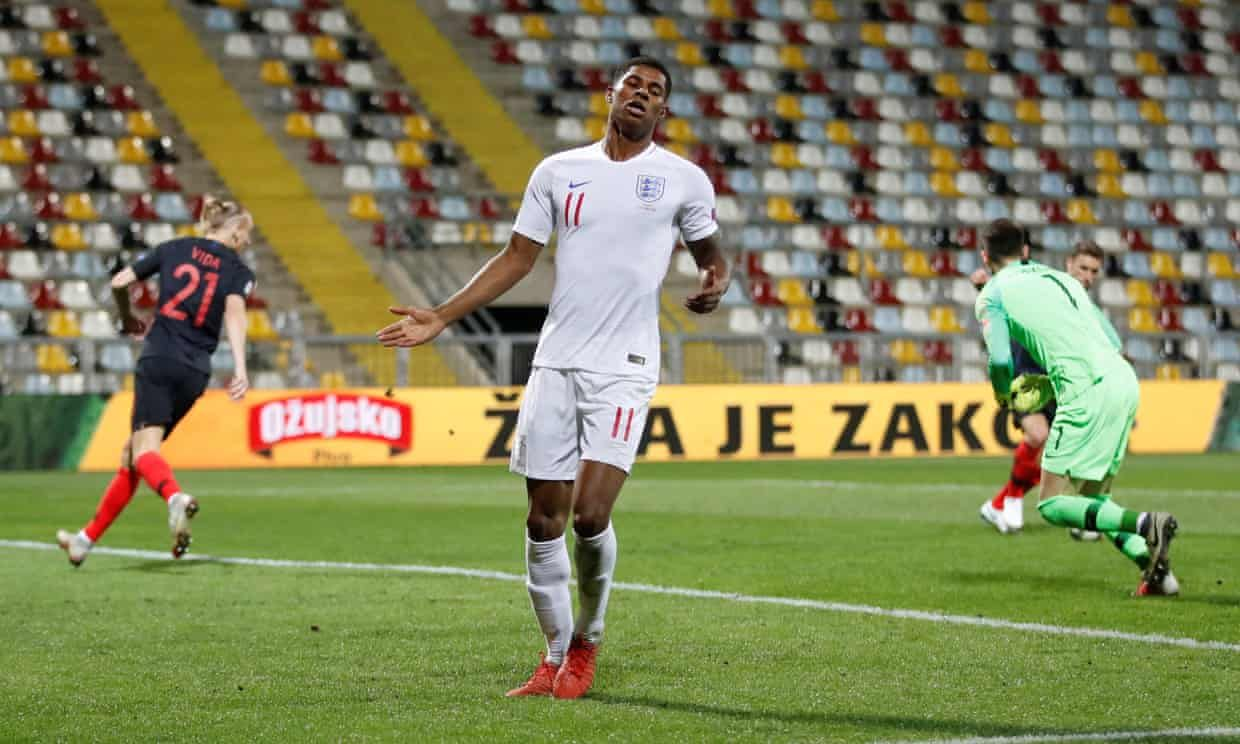 Marcus Rashford Fluffs His Lines In England S Eerie Draw With Croatia England Fans Marcus Rashford England Football