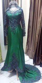 Hijau Zamrud N Hitam Emerald Green