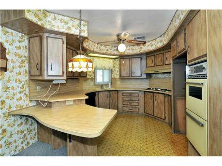 Pin By Amy Lounsbury On Vintage Trailers Remodeling Mobile Homes Mobile Home Kitchen Mobile Home Decorating