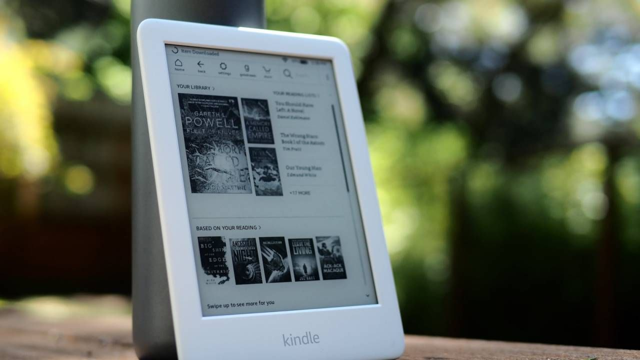 Which Amazon Kindle To Buy Choosing The One That Suits You Best Slashgear Voyage Ipad Mini điện Thoại Thong Minh