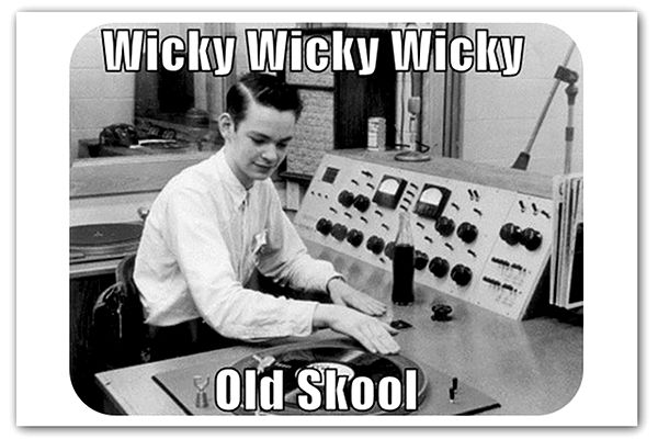 5 Elements Of Old School Pr And Why They Rule Articles Home Vintage Radio Radio Internet Radio Station