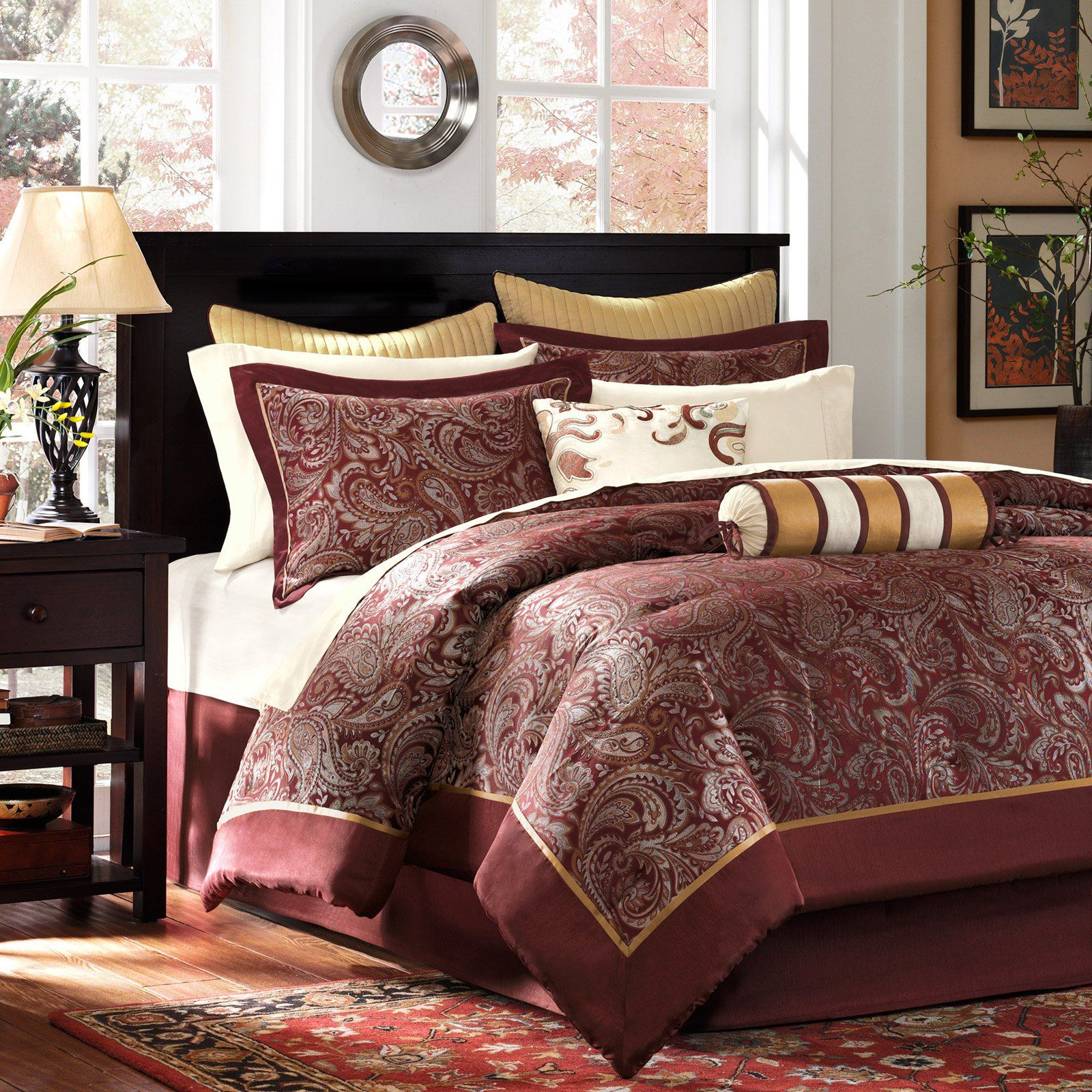 Brown//Gold Oversize Queen Madison Park Striped Bedspread Set