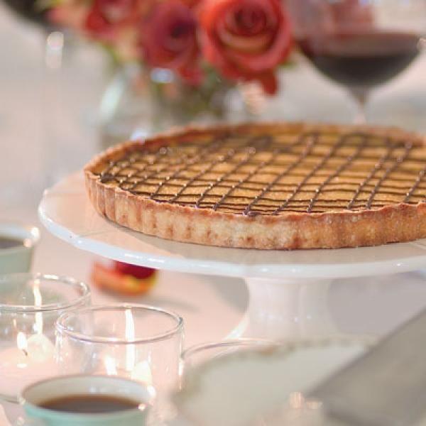 Tangerine-Chocolate Tart Recipe | http://aol.it/1oJlRVo