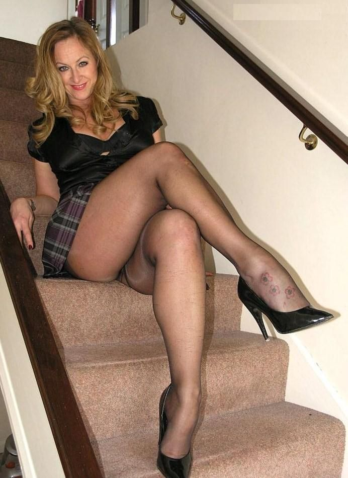 Sheer Black Pantyhose Having