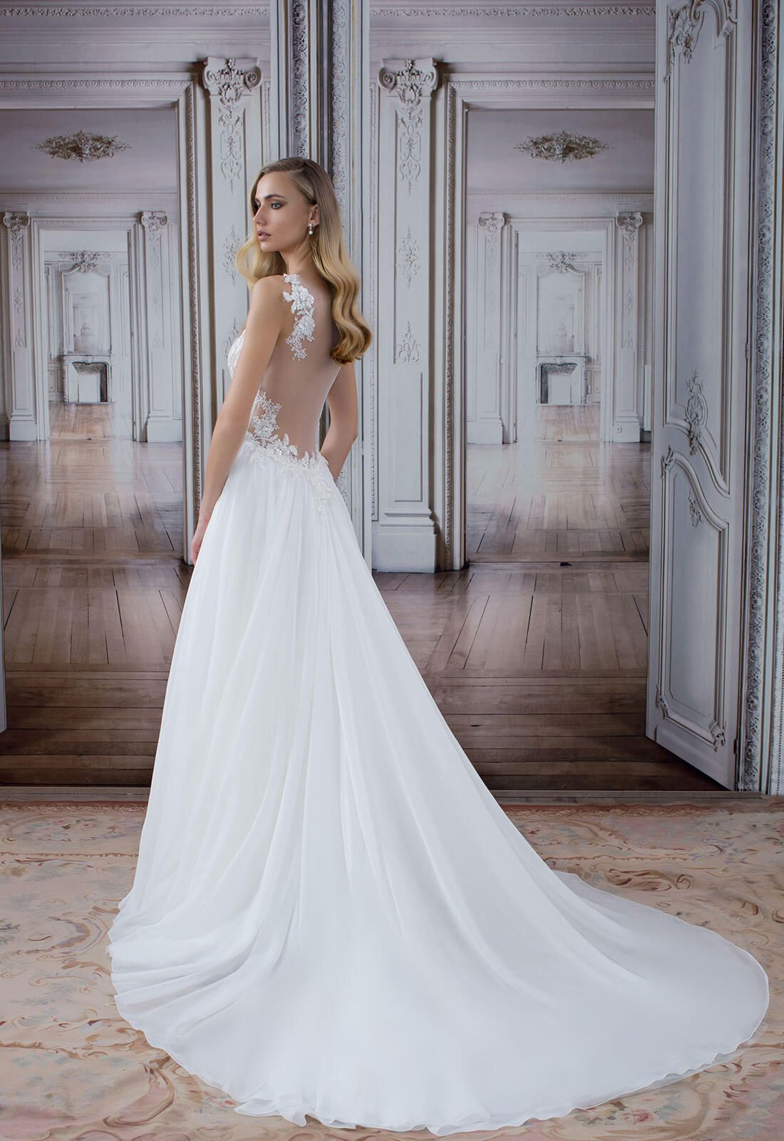 Style No 14499 Absolutely Adore This Dress From Say Yes To The Dress Episode 5 Of Season 15 M Wedding Dresses Wedding Dress Search Plus Size Wedding Gowns