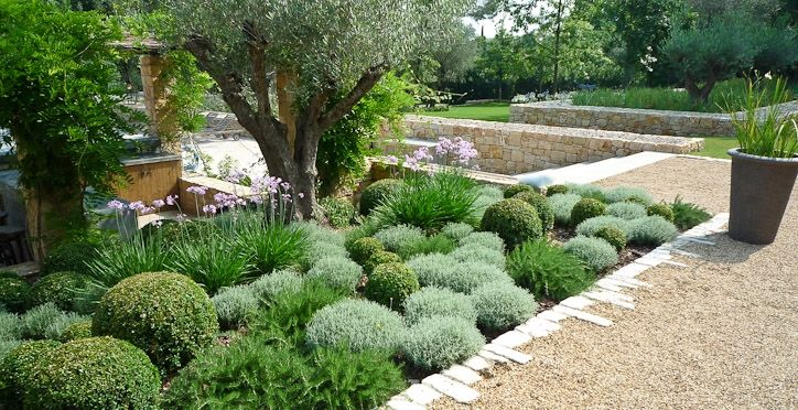 English Garden Group Jardin Mediterraneen Jardins Jardin Sec