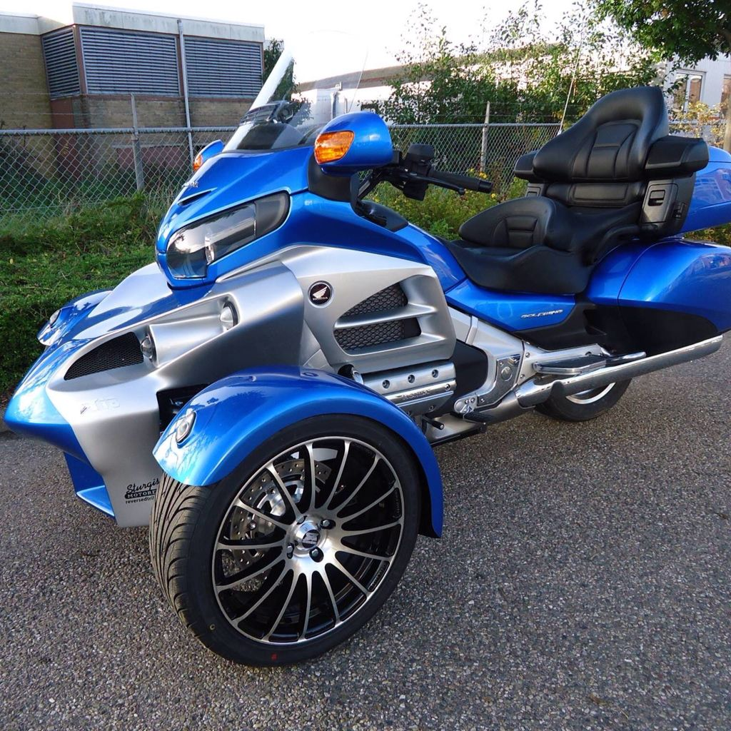 Sturgis Trike R18 Trike conversion kit for Honda Goldwing ...