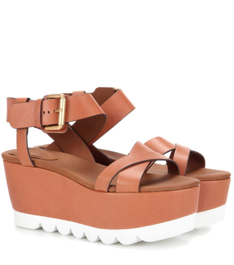 SEE BY CHLOÉ Platform leather sandals. #seebychloé #shoes #sandals
