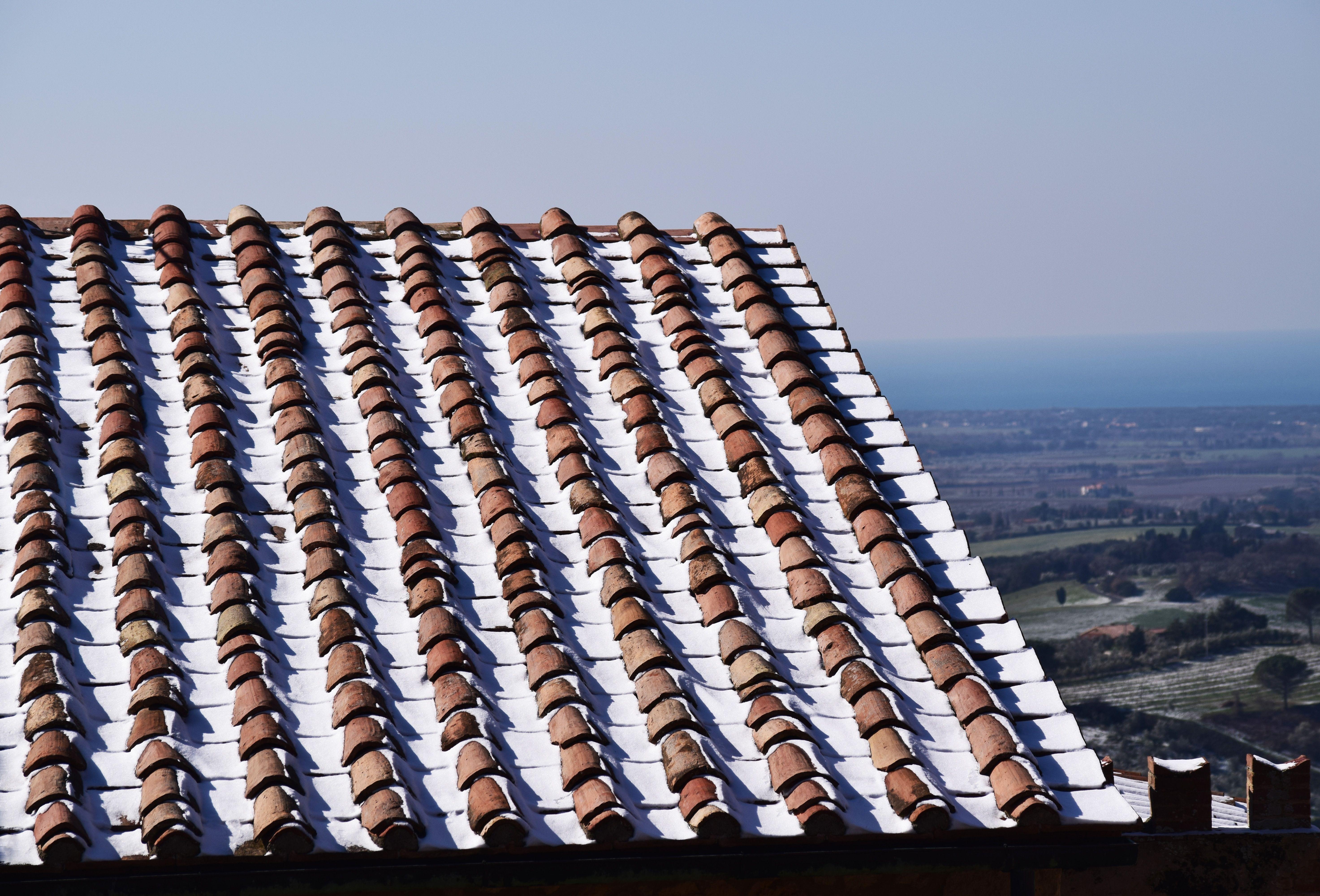 Granny Roofing Contractor San Antonio Tx In 2020 Roof Leak Repair Roofing Contractors Roofing