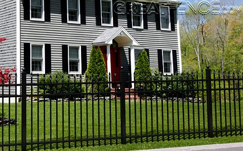 Black Aluminum Fence With Images Aluminum Fence Backyard
