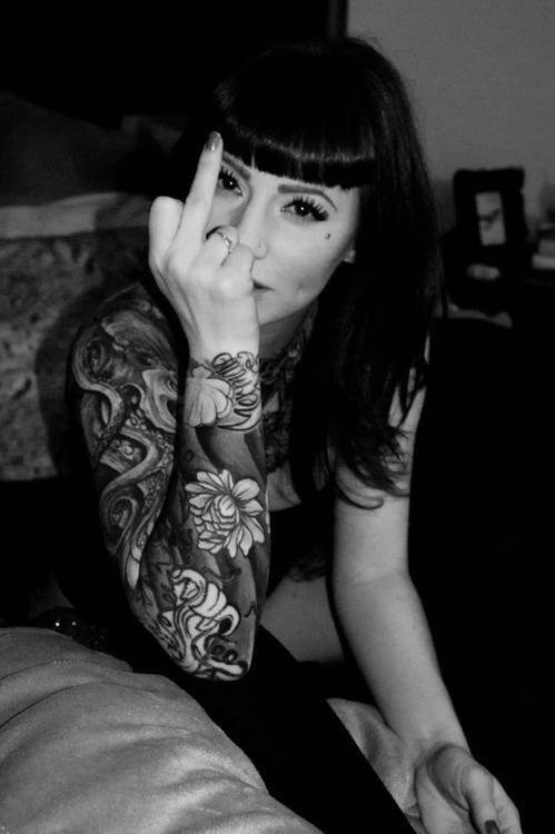 Fucking tattoo girls — photo 3