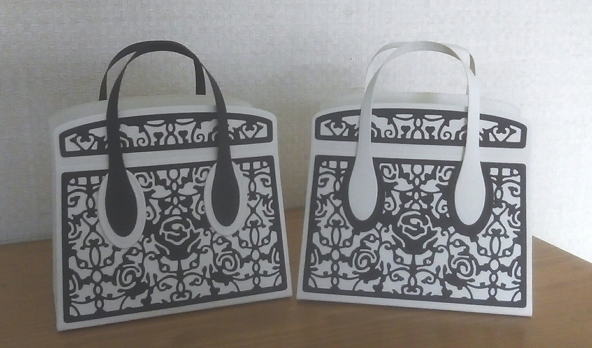 Kensington Bag | Tonic Studios die cut cards | Pinterest | Paper ...