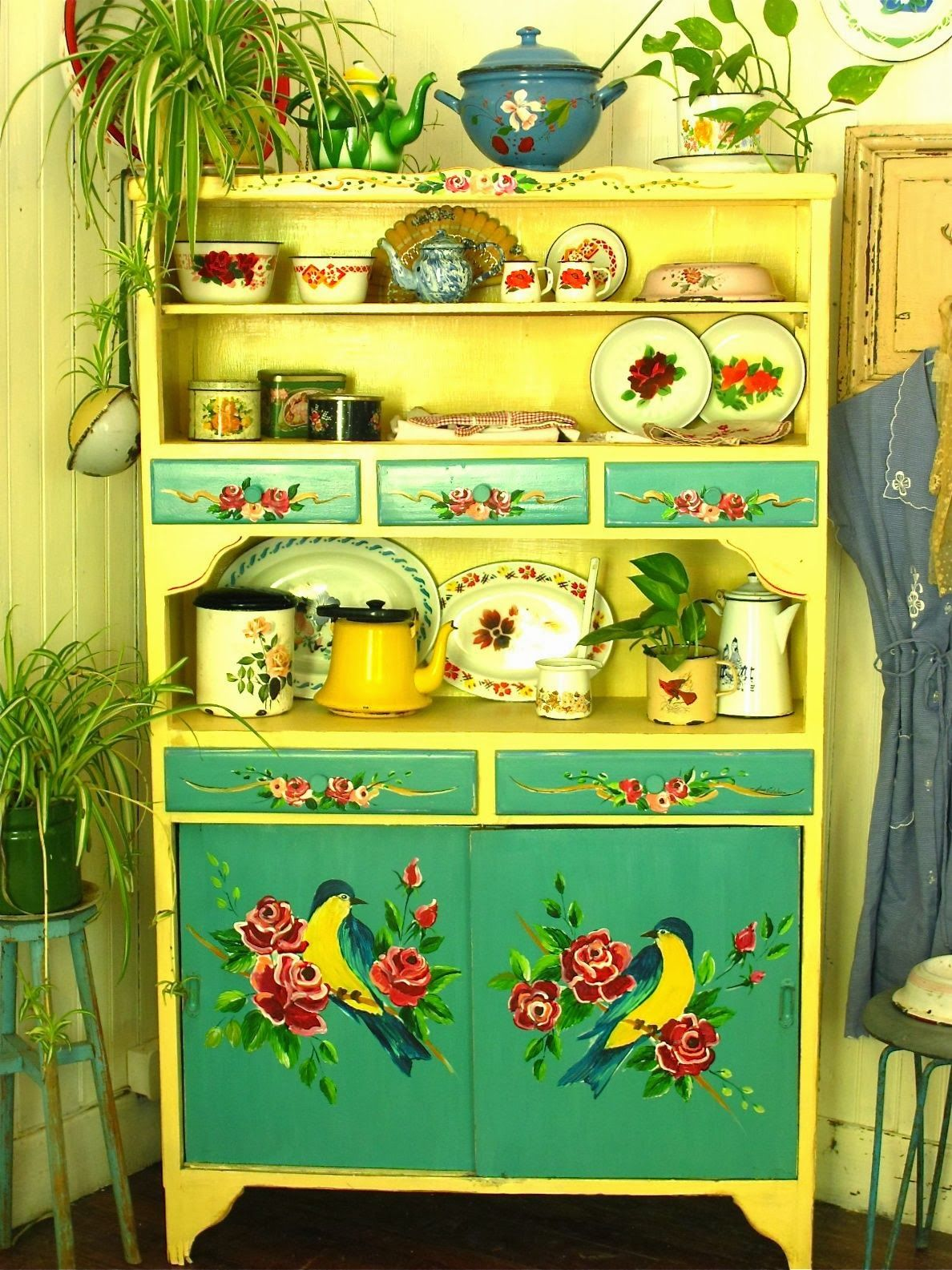 Küchen Bauern Schrank Website Full Of The Most Beautiful Hand Painted Furniture