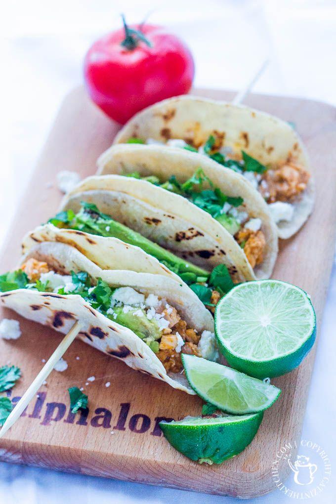 healthy 30-min chicken tinga tacos