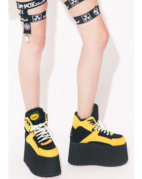 Pin de en Cecilia Marinelli en de zapatos Dolls Kill♥  Pinterest df4538