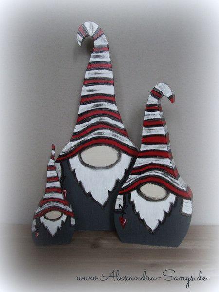 Wichtel aus holz gnom zwerg by alexandra sangs von handgemachte holzarbeiten dekorative - Holzarbeiten weihnachten ...