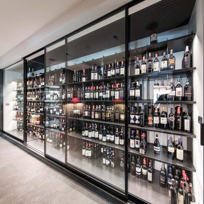 Weinschrank, cantina frigo, wine cabinet at ALPENSCHLÖSSEL ...