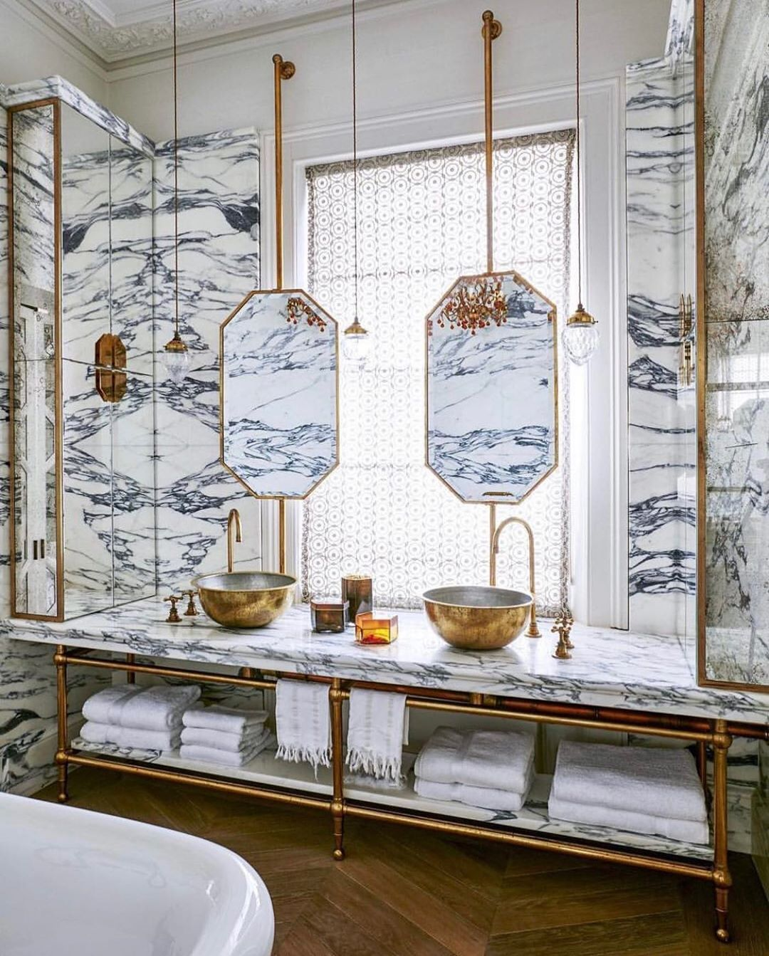 Elle Decor On Instagram All Marble Everything By Ricardolabougle Design By Madduxcreative From The Bathroom Inspiration Interior Beautiful Bathrooms Elle decor best bathrooms