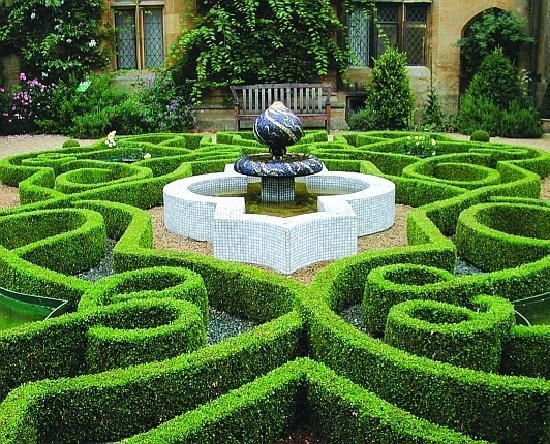 Wow This Is Kind Of Out Of Control Parterre Garden Garden Pictures Garden Planning