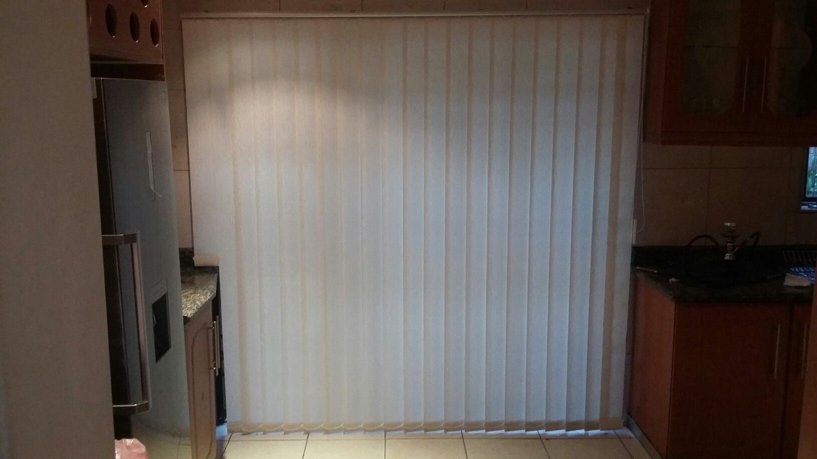 Mm vertical blinds with cut out color van gogh ivory window