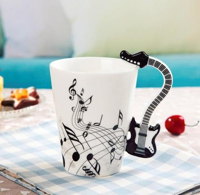 A super cool high quality ceramic mug gift for the musician in your life. Perfectly designed with attention to detail. Our mugs are dishwasher safe and microwave friendly ensuring that the high-quality design will never fade. Product Dimensions: Height: 3.93 in x Width: 3.14 in. Capacity: 200ml / 8.45 oz. Brand Name: CPLIFEMaterial: CeramicCeramic Type: PorcelainType: Coffee MugsStyle: ClassicAccessories: With NoneShape: Handgrip (Violin, Acoustic Guitar, Electric Guitar, Piano, Clarinet, Saxop