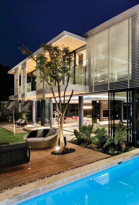 Mansion With Perfect Interiors By Saota Ksk Luxury Homes Modern Mansion Architecture Modern Architecture