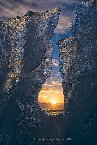 Icelandic Sunrise Re-Pinned By #Weca! Follow Us! http://www.weca.com/ https://www.facebook.com/WECAChurch https://twitter.com/WECAChurch https://www.youtube.com/channel/UC9jBWS1hDkcdws_FtOQP5zQ