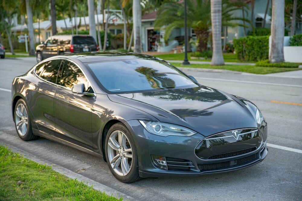 2016 Tesla Model S 90d 2016 Tesla Model S 90d Free Supercharging For Life Autopilot Prem Connectivity Tesla Model S Tesla Tesla Model